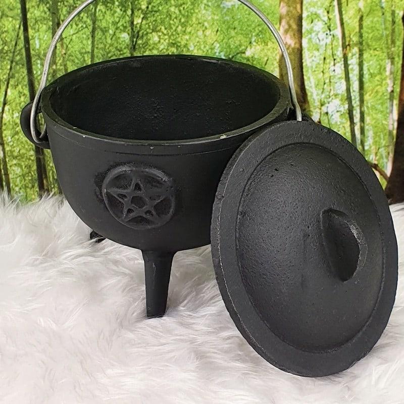 10.5cm Cast Iron Pentacle Cauldron
